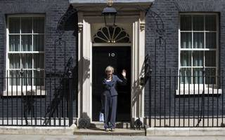may's government relations chief the latest advisor to quit downing st