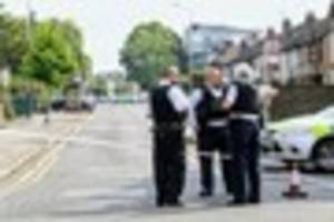 ​romford double shooting: first video of the scene