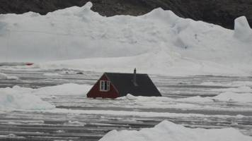 Dramatic images after Greenland tsunami