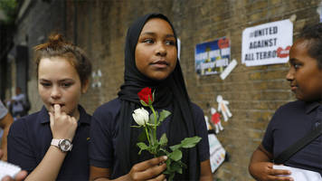 Roses for Ramadan in wake of Finsbury Park attack