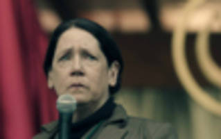 interview: ann dowd deconstructs 'the handmaid's tale' & 'the leftovers'