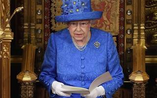the queen's speech: government will not budge on slashing immigration