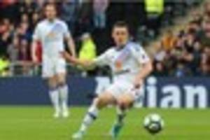 sunderland midfielder wants to 'lay down a marker' in opener...