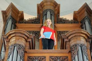 Musicians to play all of Bach's organ works in 24 hours