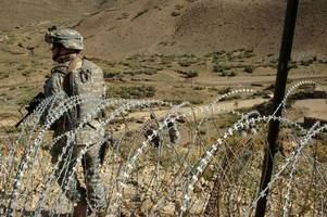 Pakistan Begins Constructing  Fencing Along Controversial Border With Afghanistan