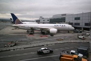 14 injured on united airlines flight due to turbulence