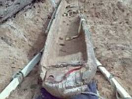 couple find the largest ever intact native american canoe