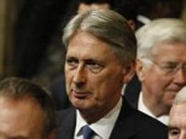 hammond warns labour not to trash brexit in parliament