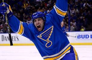 Blues' Perron selected by Golden Knights in expansion draft