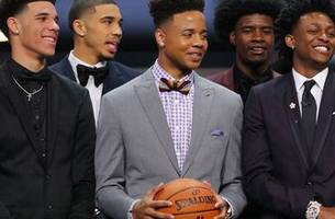 Markelle Fultz selected No. 1 overall by Philadelphia 76ers in NBA Draft