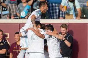 late goal lifts minnesota united to 3-2 win over portland