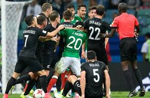 Mexico's heated ending with New Zealand puts VAR's failings on full display
