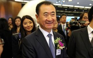 """dalian wanda stock suspended after """"dump"""" speculation"""