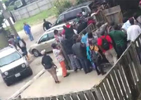 Chicago Dope House Reopens And Tons of Crackheads Show Up