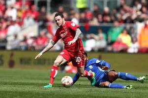 Lee Johnson alludes to off field problems but says Lee Tomlin remains part of his Bristol City plans