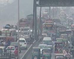 Pakistani citizens gasp for clean air