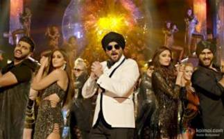 watch out! mubarakan time unfolds in this first song of the film