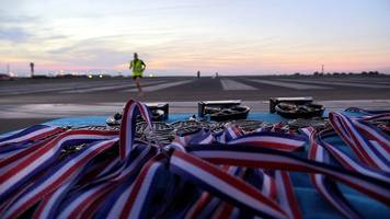 Luton Airport runway hosts race for the first time