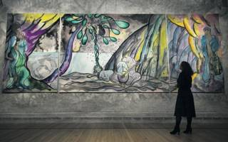here's how you go about commissioning a tapestry