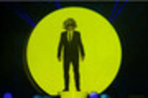 pet shop boys at nottingham's motorpoint arena - review and...