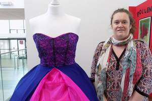 airdrie mum crowned hnc art and design student of the year at new college lanarkshire