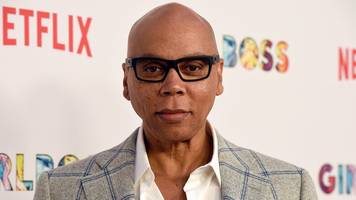 rupaul to get star on hollywood walk of fame along with snoop dogg and simon cowell