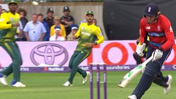 England v South Africa: Jason Roy given out obstructing the field