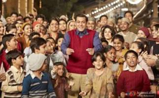 check out bollywood celeb reviews of salman khan's tubelight