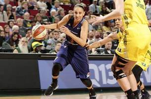 griner has 9th career dunk, helps mercury quell storm