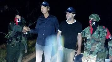 Colombia conflict: ELN rebels free Dutch journalists