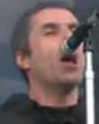 liam gallagher makes emotional tribute to grenfell fire and london attack at glastonbury
