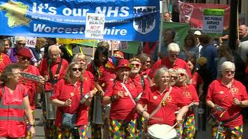 Worcester protesters call for NHS improvements