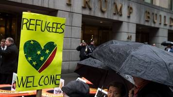 state department statistics show refugee numbers have dropped