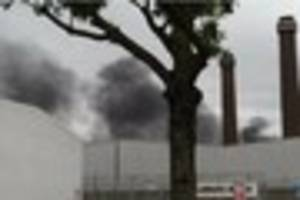People urged to avoid area during 10 car fire near Purley Way in...