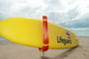 ​here's how you could become a lifeguard in reigate