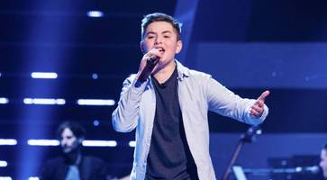 larne teen nathan johnston a hit as he wins place on the voice kids uk on team danny