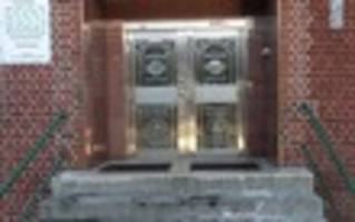 Brooklyn Man Arrested For Threatening To Taser And Kill Mosque-Goer