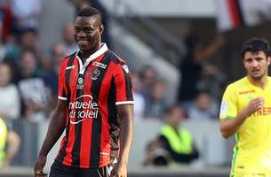 mario balotelli takes a pay cut to stay at nice after great season in france