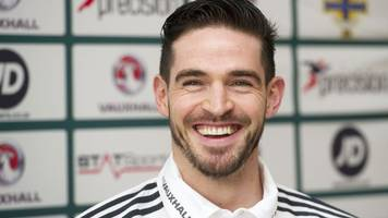 hibernian join hearts in the chase for northern ireland striker kyle lafferty