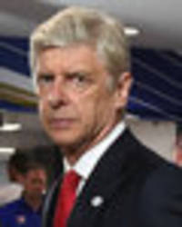 Arsenal boss Arsene Wenger wows fans with stunning football skills – sign him!
