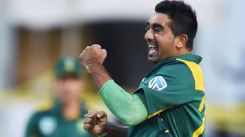 Tabraiz Shamsi: Northants sign South Africa spinner as Seekuge Prasanna cover