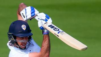 glamorgan v derbyshire: derby fight back after seamers strike