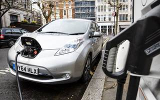 cost concerns and range anxiety still road bumps to uk electric car take-up