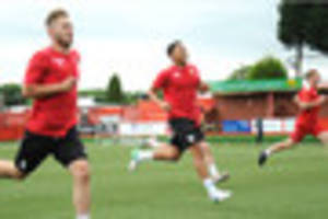 video gallery: tamworth fc  back in training