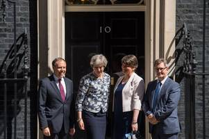 conservatives get backing from dup on minority government deal
