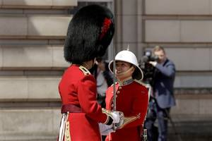 canadian soldier megan couto becomes first female captain in history to lead queen's guard