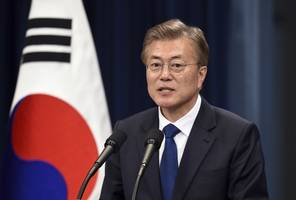 S Korea's Moon heads to US as North threat grows