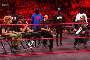 lavar ball and sons take over wwe's 'monday night raw' (video)