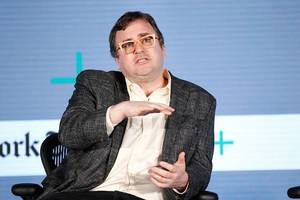linkedin co-founder shares his '10 commandments for startup success'