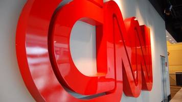3 journalists resign after cnn retracts story on trump-russia ties